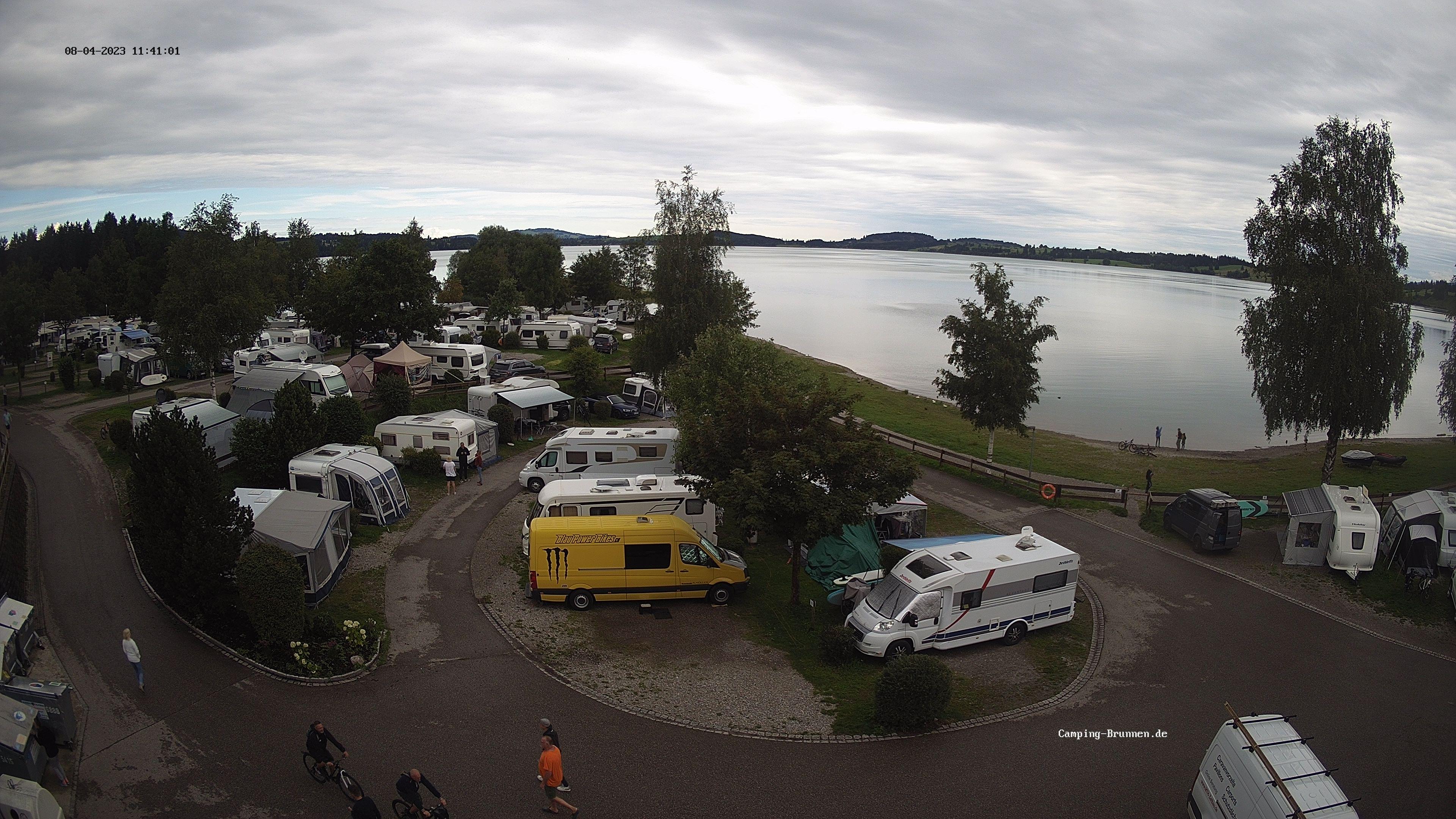 Das Live Bild der Webcam zeigt den Campingplatz mit Blick auf den Forggensee.